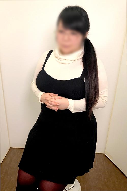 ★本日体験乳店3日目!!ど迫力Iカップ爆乳地味系キャスター!!